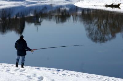 Im Winter auf Zander angeln